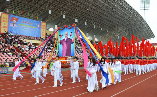 hoi-khoe-phu-dong-3